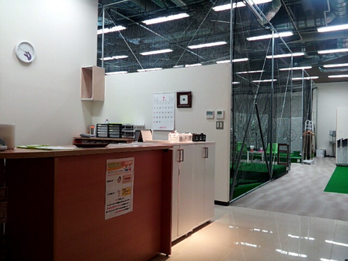インドアゴルフスクール Golfet2エントランス