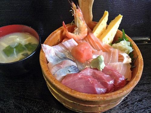 シーフードレストランネプチューン5海鮮ネプチューン丼
