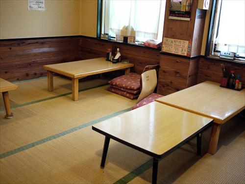 居酒屋久利花(くりか)3店内2