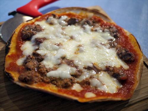 ルナピエナ・マリーナ7ラム肉のピザ