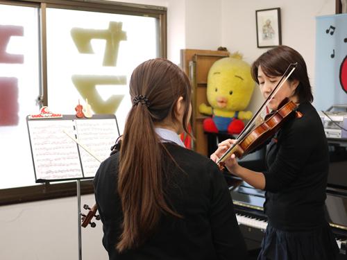 K音楽教室9ヴァイオリンレッスン2